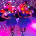 Ballonnen meisjes entertainment hostesses balloons